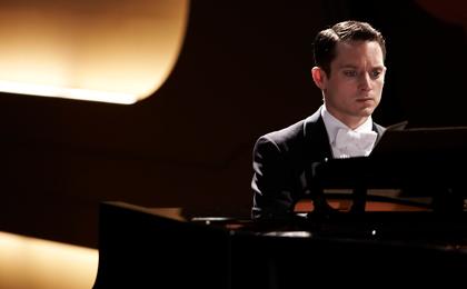 グランドピアノ メイン