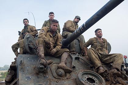 fury戦車と5人の兵士