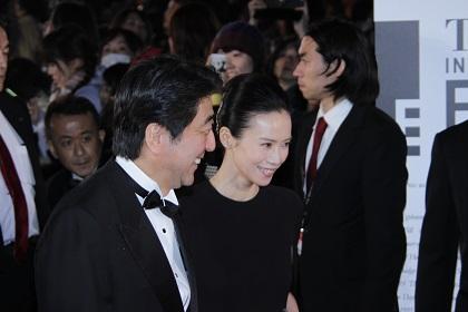 東京国際映画祭_安倍晋三内閣総理大臣x中谷美紀
