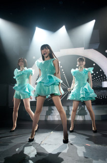 『WE-ARE-Perfume-』1