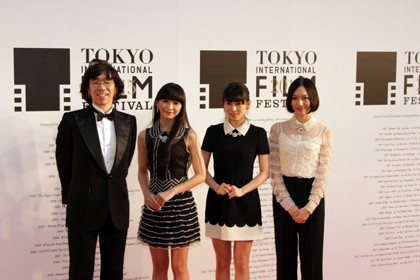 perfume_1022red4