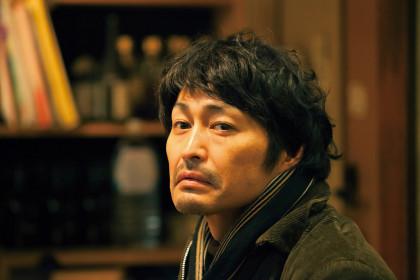 俳優-亀岡拓次s1
