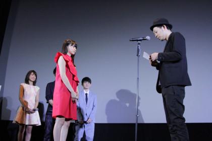 桜ノ雨初日舞台挨拶_上田監督が手紙