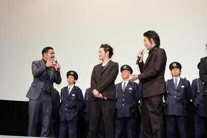 日本で一番悪い奴ら_完成披露舞台挨拶トーク