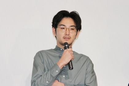 モヒカン故郷に帰る凱旋舞台挨拶松田龍平