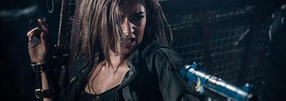ローラが魅せる銃アクション&恋人2ショット『バイオハザード:ザ・ファイナル』。