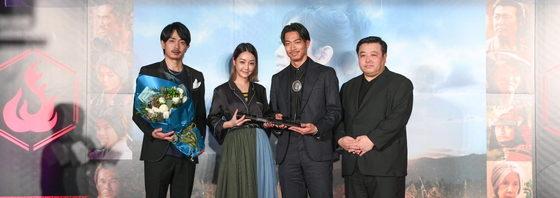青柳翔、AKIRA 熱烈歓迎に!映画「たたら侍」台湾プレミア