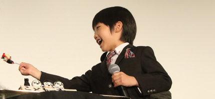 滝沢秀明 ホラーケーキを「あーん」にニコニコ『こどもつかい』舞台挨拶