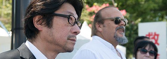 チェ・ゲバラ 実子と阪本順治監督『エルネスト』が原爆死没者慰霊碑に献花