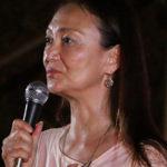 佐々木芽生監督クジラ浜海水浴場で地元対話集会 『おクジラさま』
