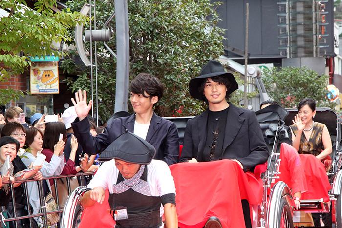 齊藤工、高橋一生が盛り上げた!「第10回したまちコメディ映画祭in台東」レッドカーペット!