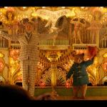 松坂桃李 VS 斎藤工『パディントン2』日本語吹替版予告とポスタービジュアル解禁