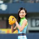 小島瑠璃子 ストライクピッチング!  オリックスVSソフトバンク始球式『インクレディブル・ファミリー』