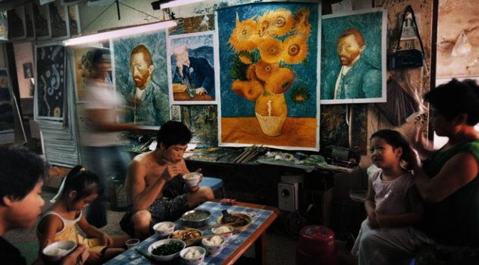 ユニーク過ぎるドキュメンタリー『世界で一番ゴッホを描いた男』色々心揺さぶられる作品公開へ