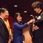 福士蒼汰 皇太子殿下、皇太子妃殿下、内新王殿下をお出迎え! 映画『旅猫リポート』をご鑑賞
