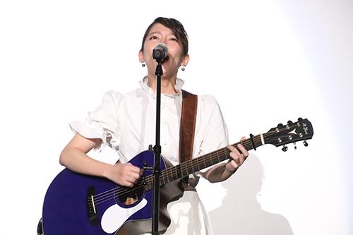 吉岡里帆『音量を上げろタコ!』一夜限りのライブイベント