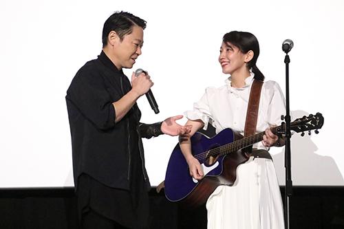 阿部サダヲ、吉岡里帆『音量を上げろタコ!』一夜限りのライブイベント