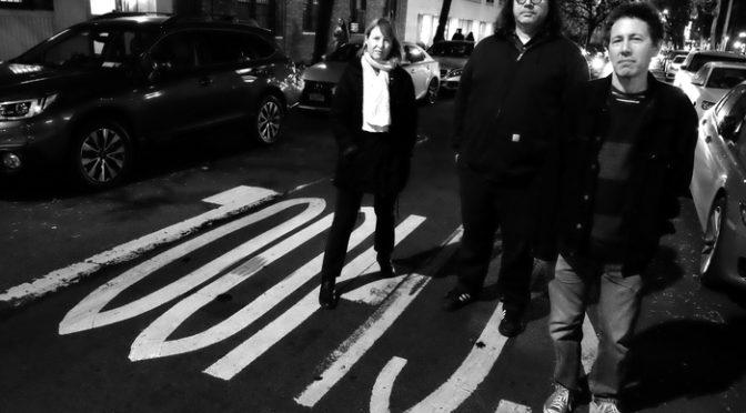 ヨ・ラ・テンゴがサントラ制作秘話と映画の魅力を語る!『いろとりどりの親子』インタビュー
