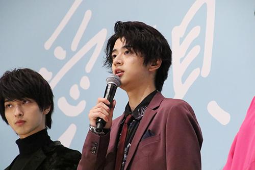 飯島寛騎『愛唄 ー約束のナクヒトー』完成披露舞台挨拶