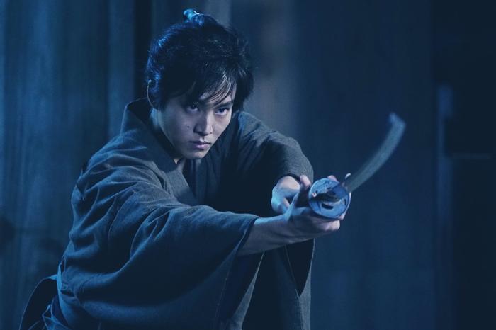 松坂桃李の「侍」場面写真到着! 本木克英監督 映画『居眠り磐音』