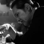 主演・加藤雅也 哀愁と優しさ・・・「男」の物語 北方謙三原作実写映画化 映画「影に抱かれて眠れ」