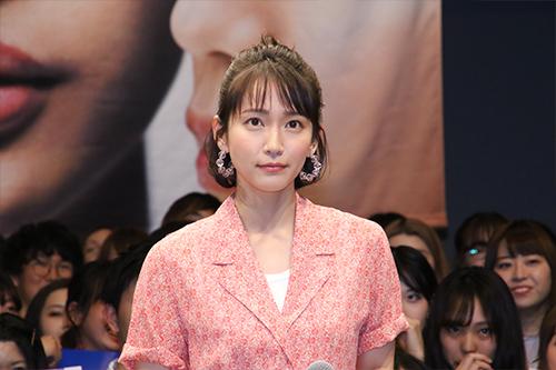 映画『パラレルワールド・ラブストーリー』対決_吉岡里帆
