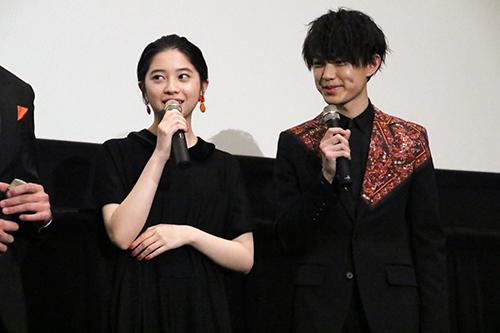 桜田ひより・上村海成 『ホットギミック』完成披露舞台挨拶