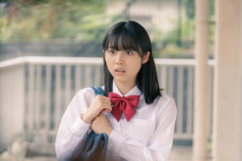 映画『惡の華』佐伯奈々子役を演じた秋田汐梨