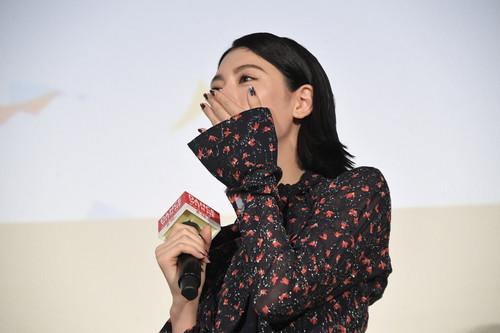 「ダンスウィズミー」初日舞台挨拶】 三吉彩花 涙