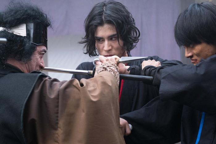 寛一郎主演映画『下忍 赤い影』