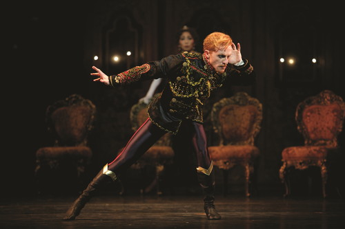 ①うたかたの恋_MAYERLING Steven McRae as Crown Prince Rudolf in Kenneth MacMillans production of Mayerling for The Royal Ballet (c)