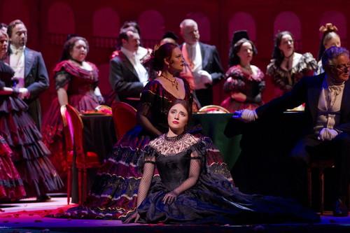 ⑥椿姫_LA TRAVIATA. Ermonela Jaho in La traviata. (c) ROH Johan Persson (2010)