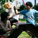 菅田将暉&仲野太賀 公園でケンカごっこ!『タロウのバカ』