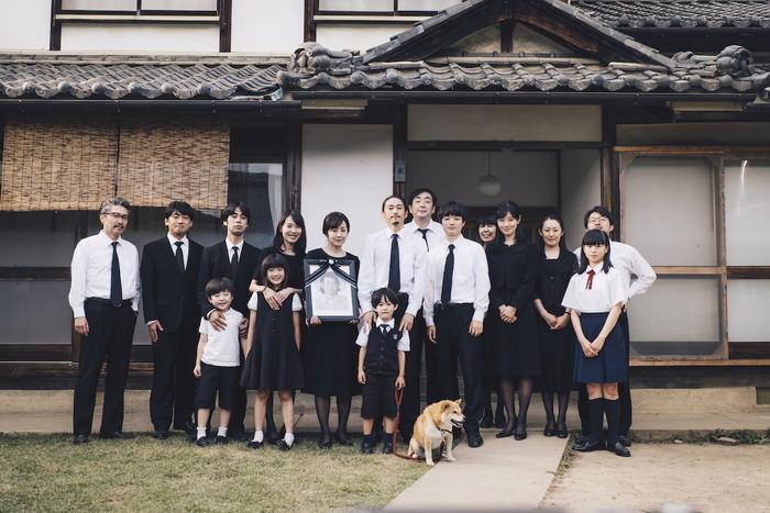 「最初の晩餐」家族写真