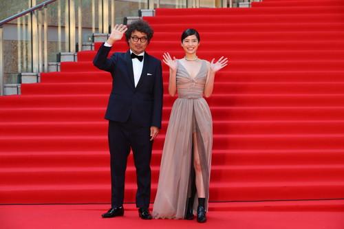 """第32回東京国際映画祭-4""""隠れビッチ""""やってました。-佐久間由衣、三木康一郎監督"""