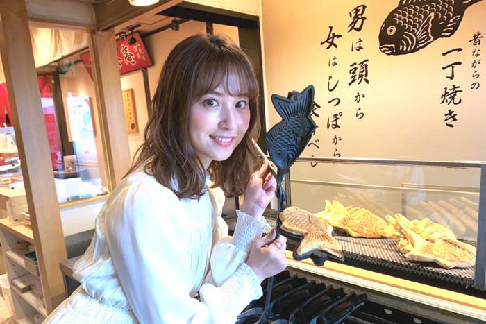 衛藤美彩映画「静かな雨」_たい焼き修行?