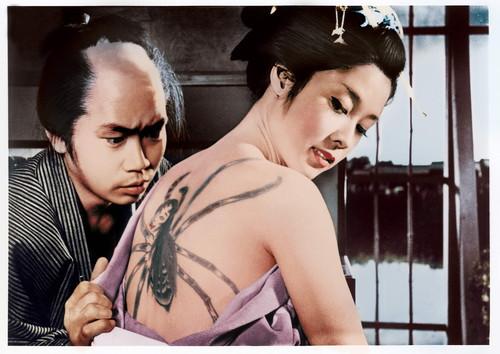 刺青場面写真(C)KADOKAWA1966
