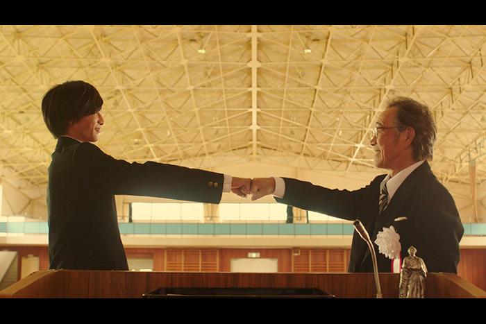 『走れ!T校バスケット部』主題歌 ReeeeN「贈る言葉」MVに志尊淳・武田鉄矢