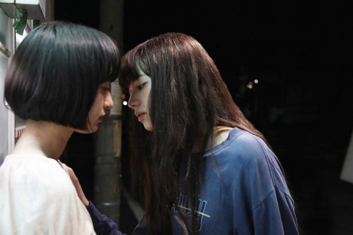 キス!小松菜奈が門脇麦に 『さよならくちびる』本予告映像&新カット解禁!