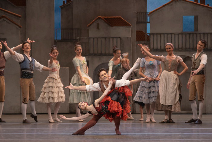 Akane-Takada-and-Alexander-Campbell-in-The-Royal-Ballet's-Don-Quixote-(c)-RO-2019