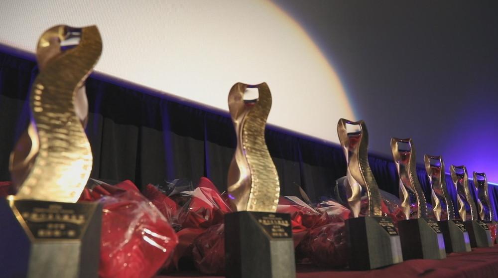 映画のまち調布シネフェス_調布映画祭トロフィー