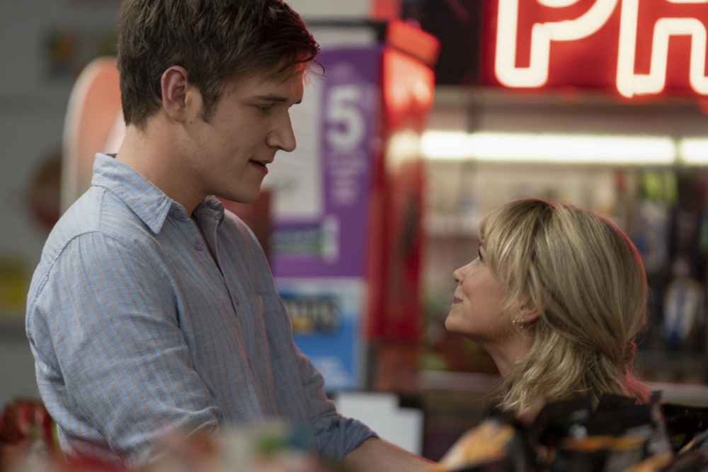 """Bo Burnham (left) stars as """"Ryan"""" and Carey Mulligan (right) stars as """"Cassandra"""" in director Emerald Fennell's PROMISING YOUNG WOMAN, a Focus Features release. Credit : Merie Weismiller Wallace / Focus Features"""