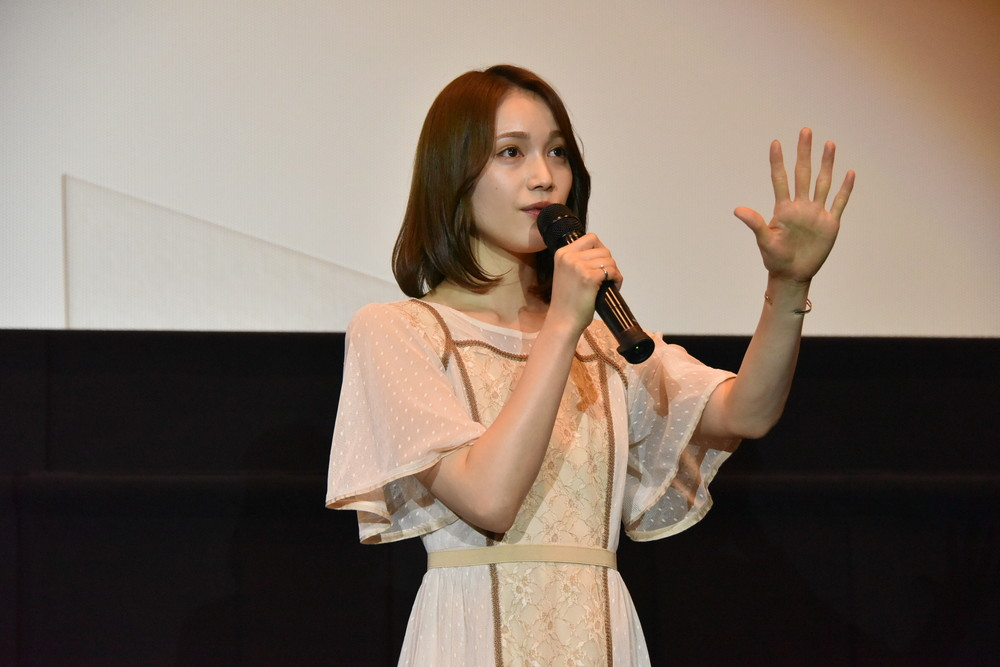 中村ゆりか『映画 賭ケグルイ』舞台挨拶
