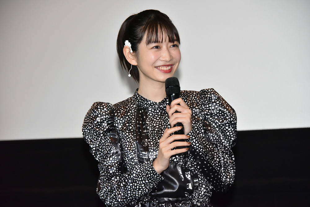 岡本夏美『映画 賭ケグルイ』舞台挨拶